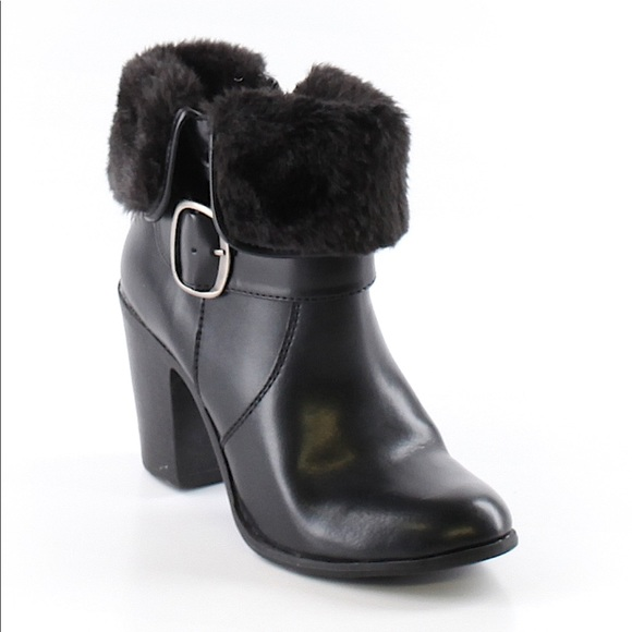 croft & barrow Shoes - Croft & Barrow black fur lined ankle boots 8M